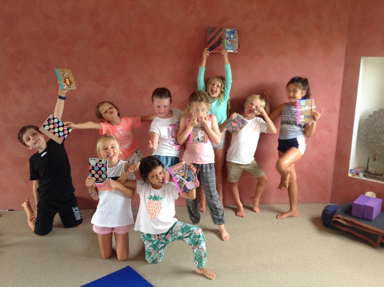 """Happiness"" Kids Holiday Workshops with Creative Therapist Liz Taverner. (Choose your dates)"