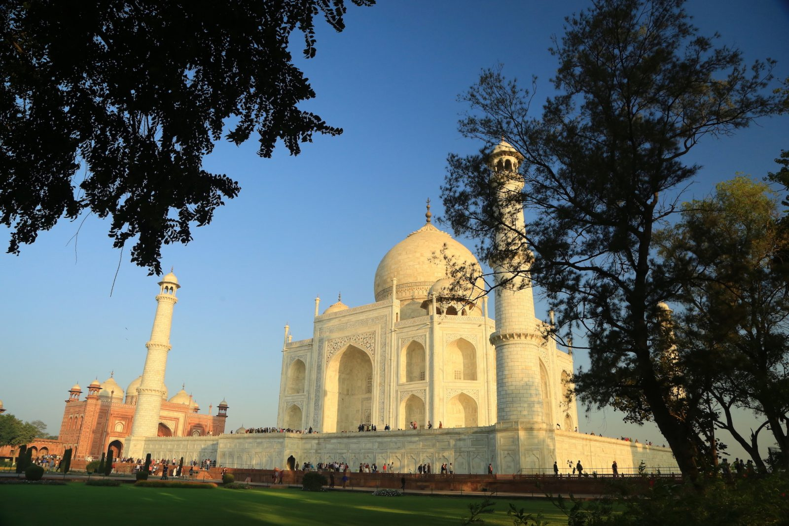 Discover the magic of India<br>Sightseeing with soul tour. Oct 21 – Nov 6, 2020
