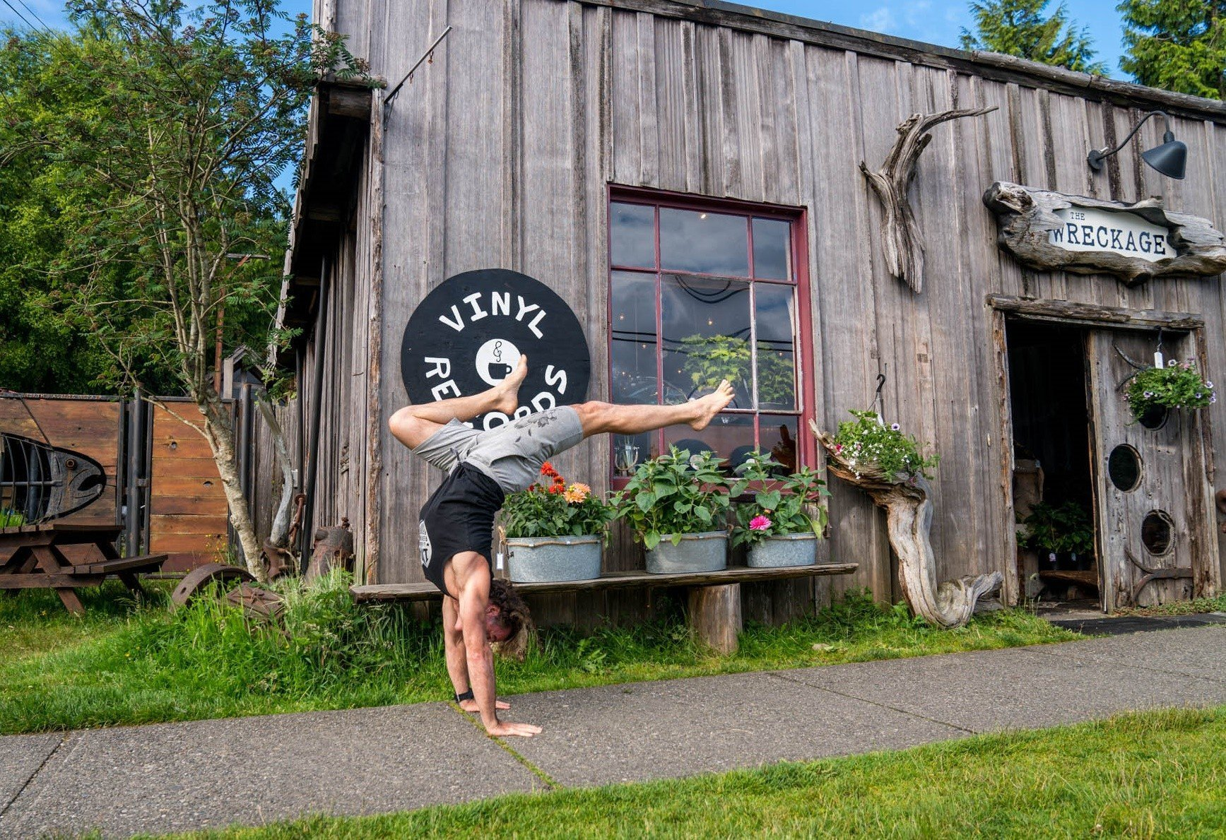 Loose, Free and Happy: Yoga workshop with Eoin Finn